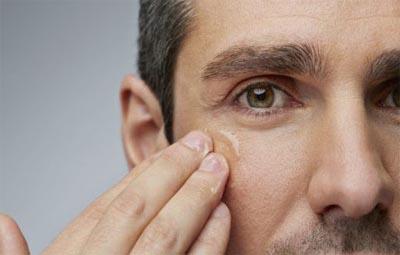 Mejores Contornos de Ojos para Hombres